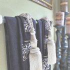Towel Decorating Ideas Bathroom