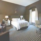 Brown Wall Bedroom Design