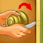 How To Open A Locked Bedroom Door With A Knife