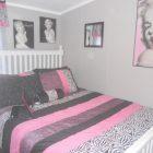 Marilyn Monroe Inspired Bedroom Decor